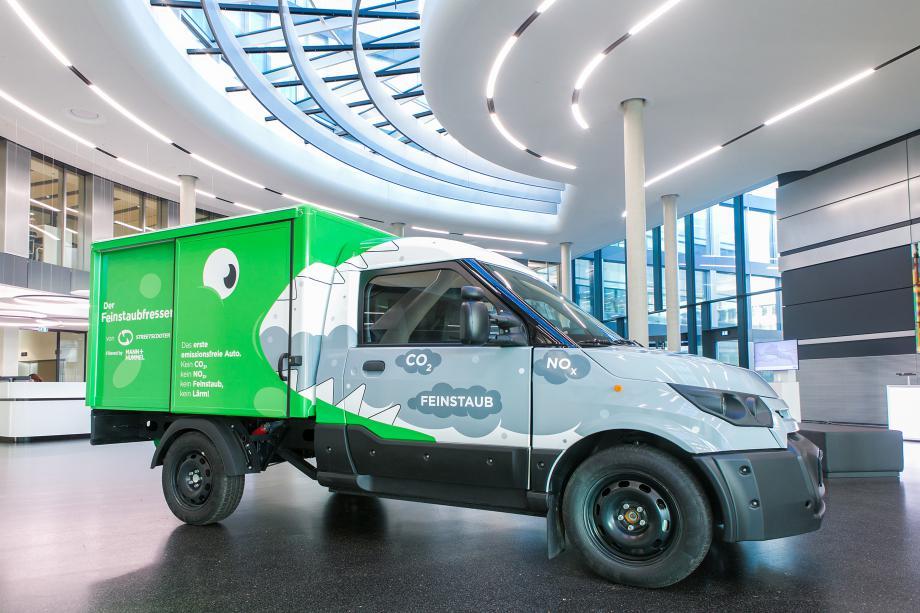 El Grupo Deutsche Post DHL, StreetScooter y MANN+HUMMEL presentan el primer vehículo neutro en emisiones del mundo